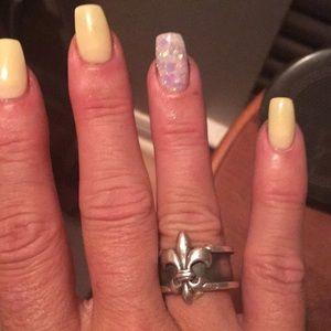 New without tags- Mignon Faget Fleur De Lis ring